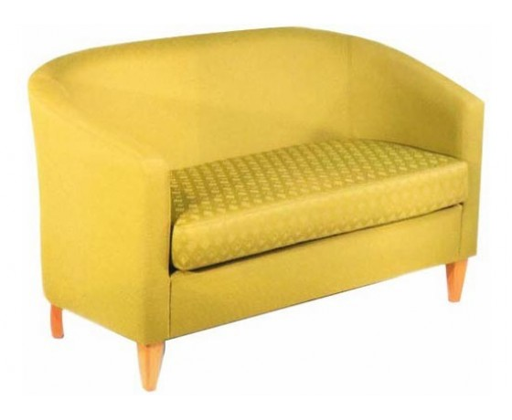Amico Settee